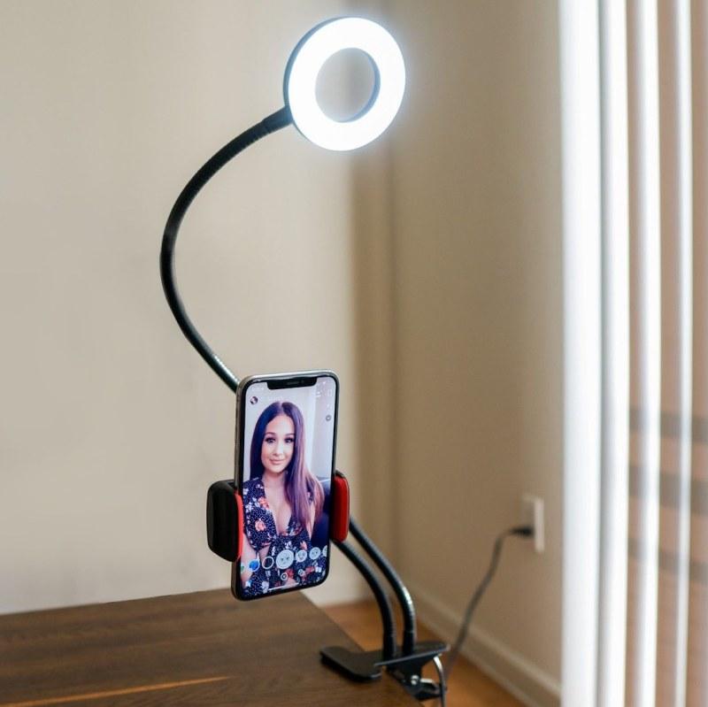 Selfie držák na telefon s LED přisvícením